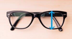 レンズ幅広いメガネ
